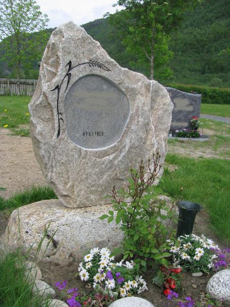 5 1 Orkdal Skrift- og Steinhuggeri